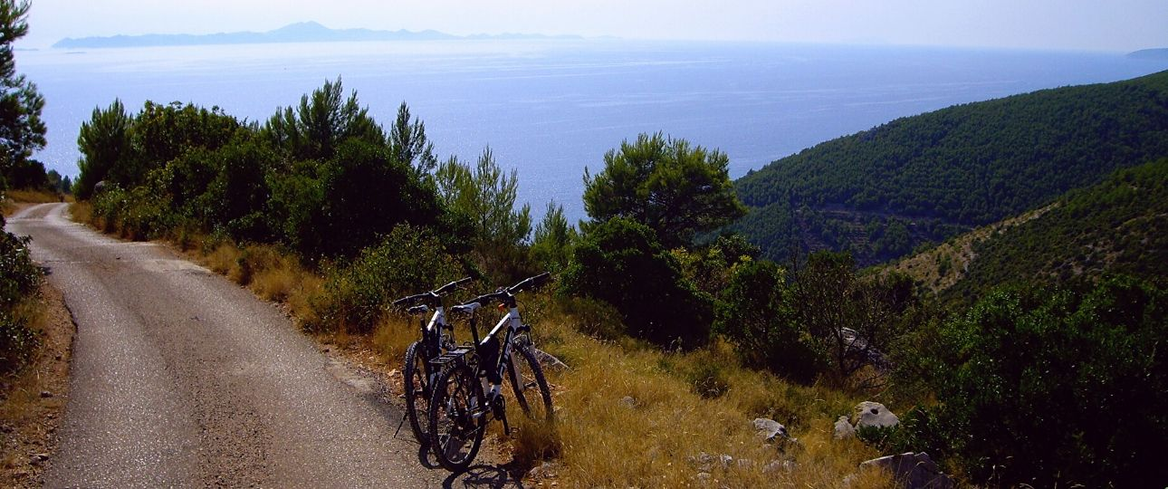 Cycling on Korcula
